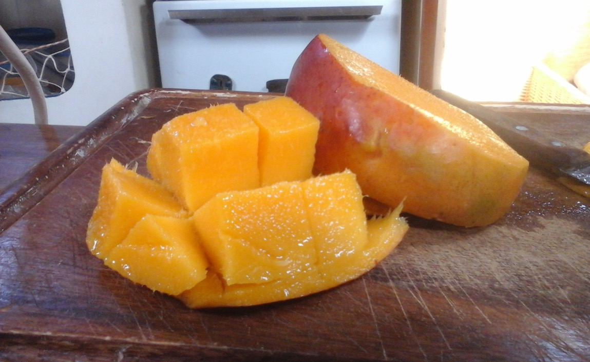 Mango Cut Method